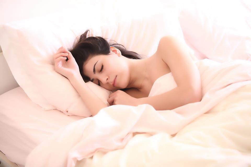 schlafstoerungen-pfalnzliches-schlafmittel